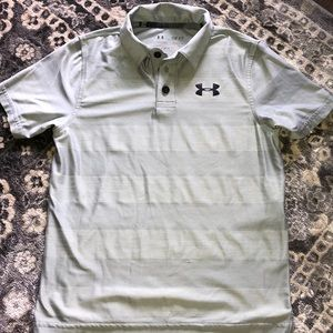Under Armour Golf shirt size Small 8